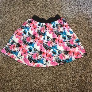 Wrapper Skirts - Women's / junior size small print skirt 2 - hip